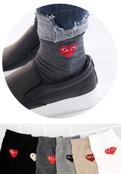 26744 - Kkomseu socks